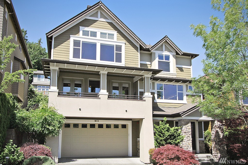 811 Lingering Pine Dr NW, Issaquah, WA 98027
