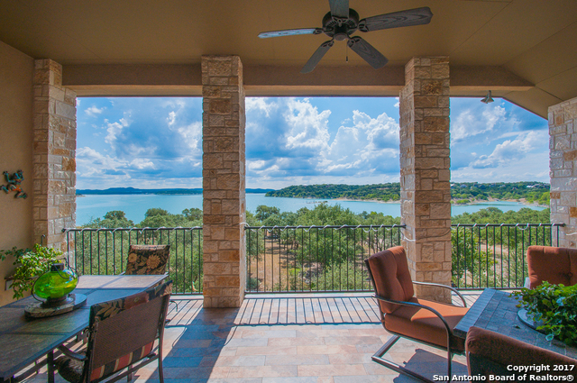 2645 Lakeview Dr, Canyon Lake, TX 78133