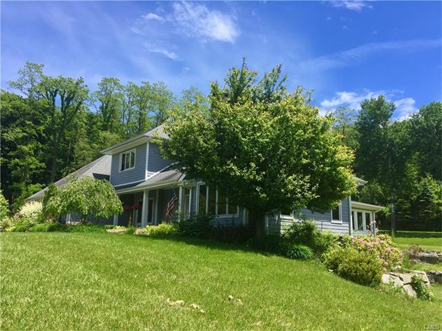 15 Strawberry Hill Road, Pawling, NY 12564