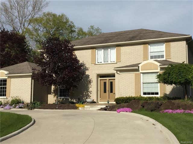 5149 West Bloomfield Lake RD, West Bloomfield Twp, MI 48323