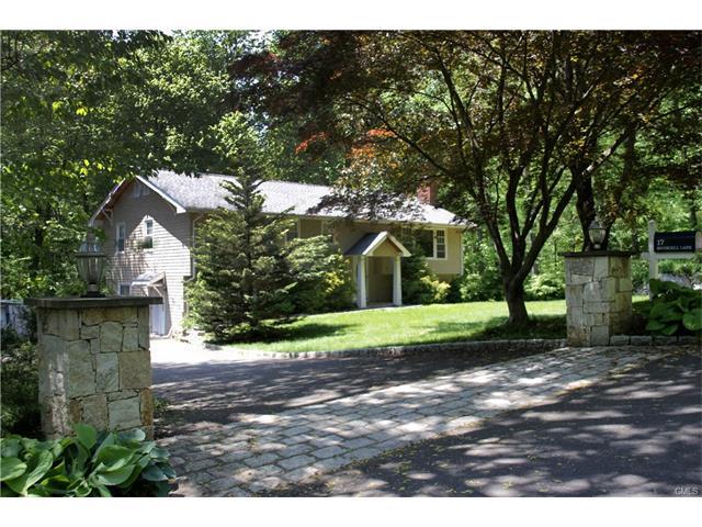 17 Brookhill Lane, Norwalk, CT 06851