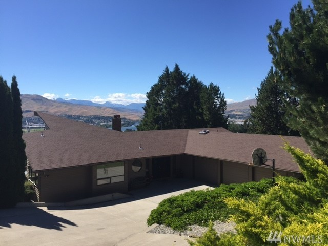 2410 Mountain View Dr, East Wenatchee, WA 98802