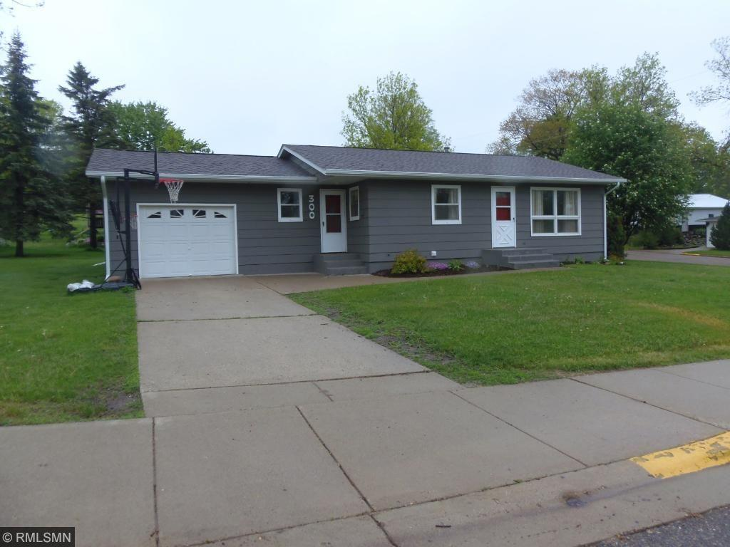 300 6th Street W, Browerville, MN 56438