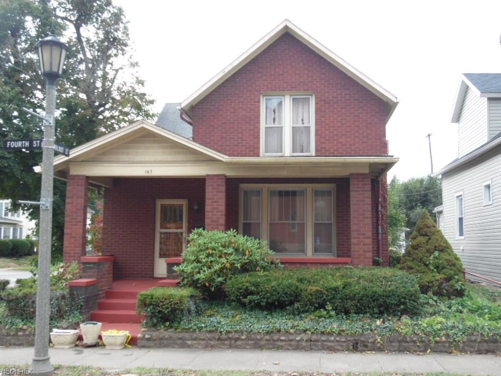 147 S 4th St S, Coshocton, OH 43812