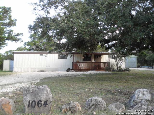 1064 BROOK VALLEY DR, Canyon Lake, TX 78133