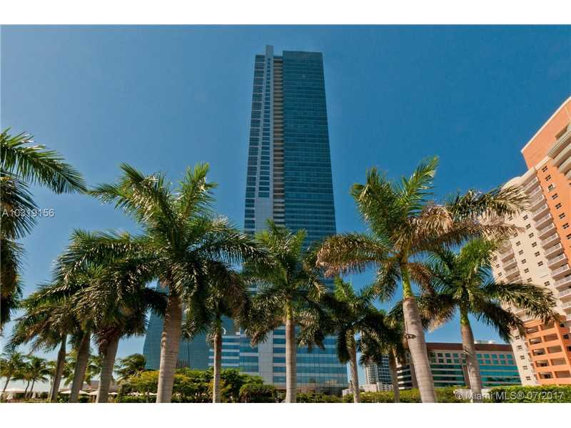1425 BRICKELL AV 41D, Miami, FL 33131