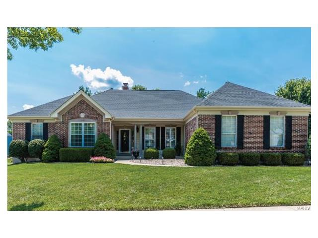 1256 Hillcrest Field, Chesterfield, MO 63005