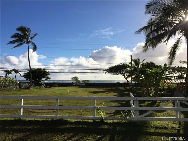 51-376 Kamehameha Highway, Kaaawa, HI 96730