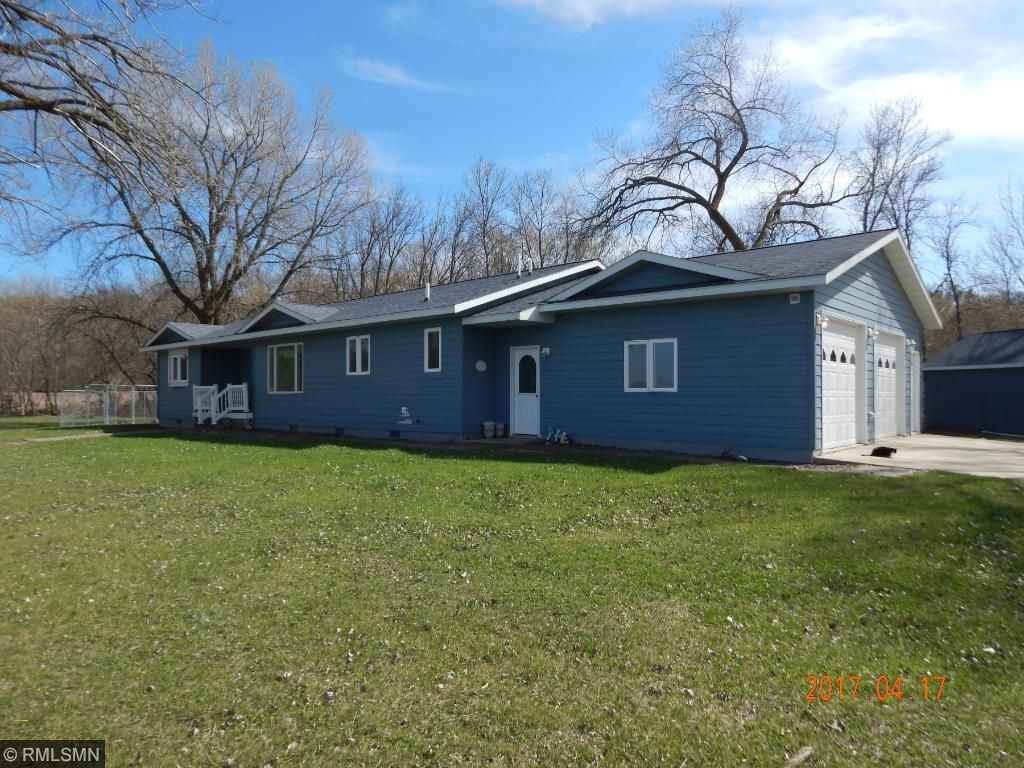 325 Lake Shore Dr, Lake Benton, MN 56149