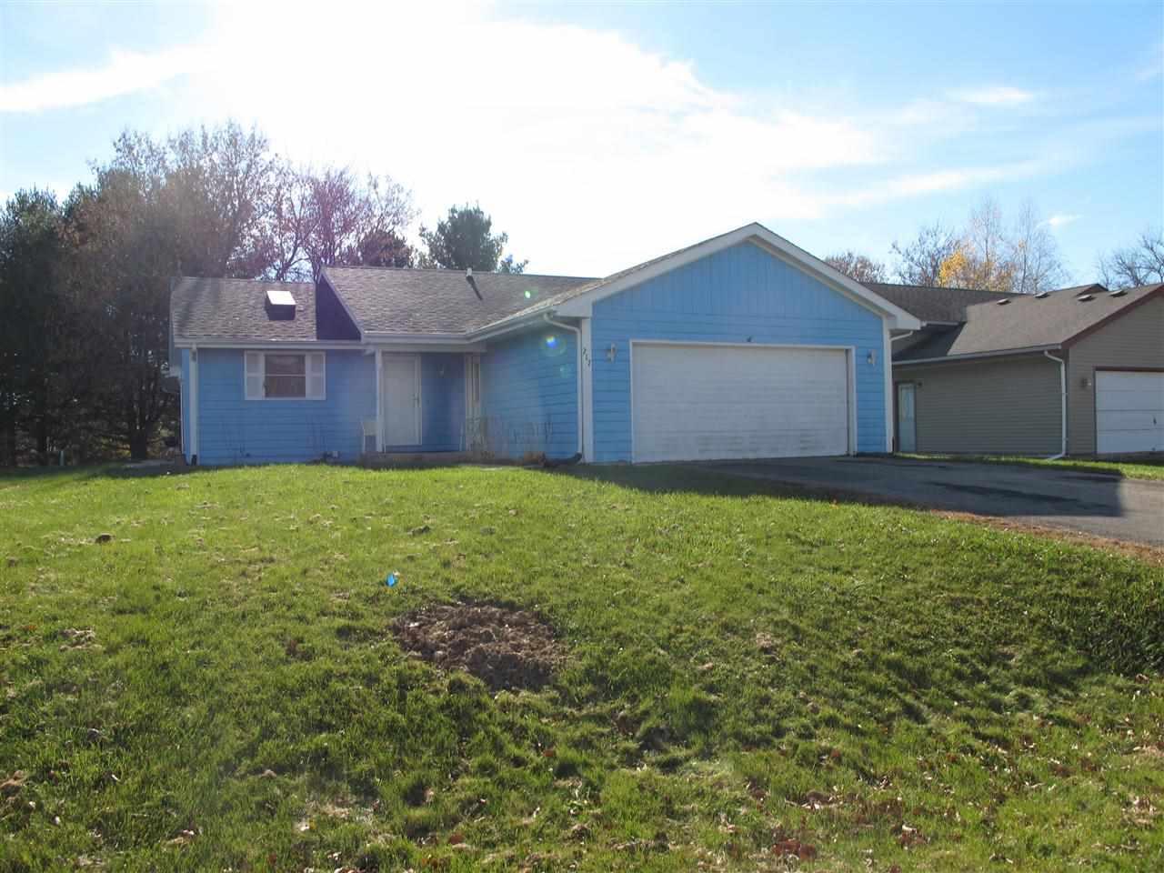 217 LIVERPOOL Drive, POPLAR GROVE, IL 61065
