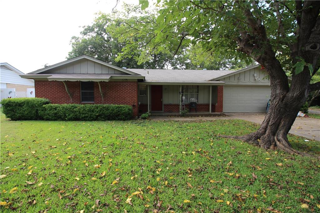 1317 Roberts Avenue, Cleburne, TX 76033