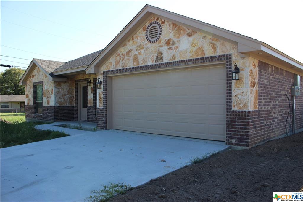 256 Old Waco Road, Gatesville, TX 76528