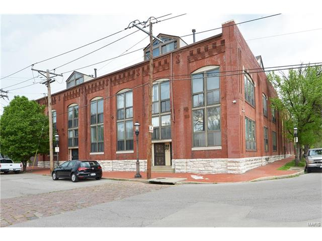 1523 S 10th Street, St Louis, MO 63104