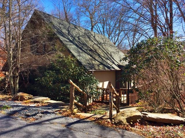 905 Shelter Rock Circle, Sugar Mountain, NC 28604