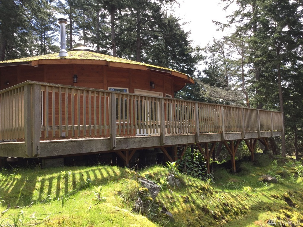 122 Southpoint Wy, Obstruction Island, WA 98279