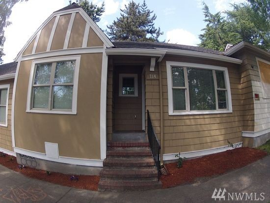 714 NE 40th St, Seattle, WA 98105