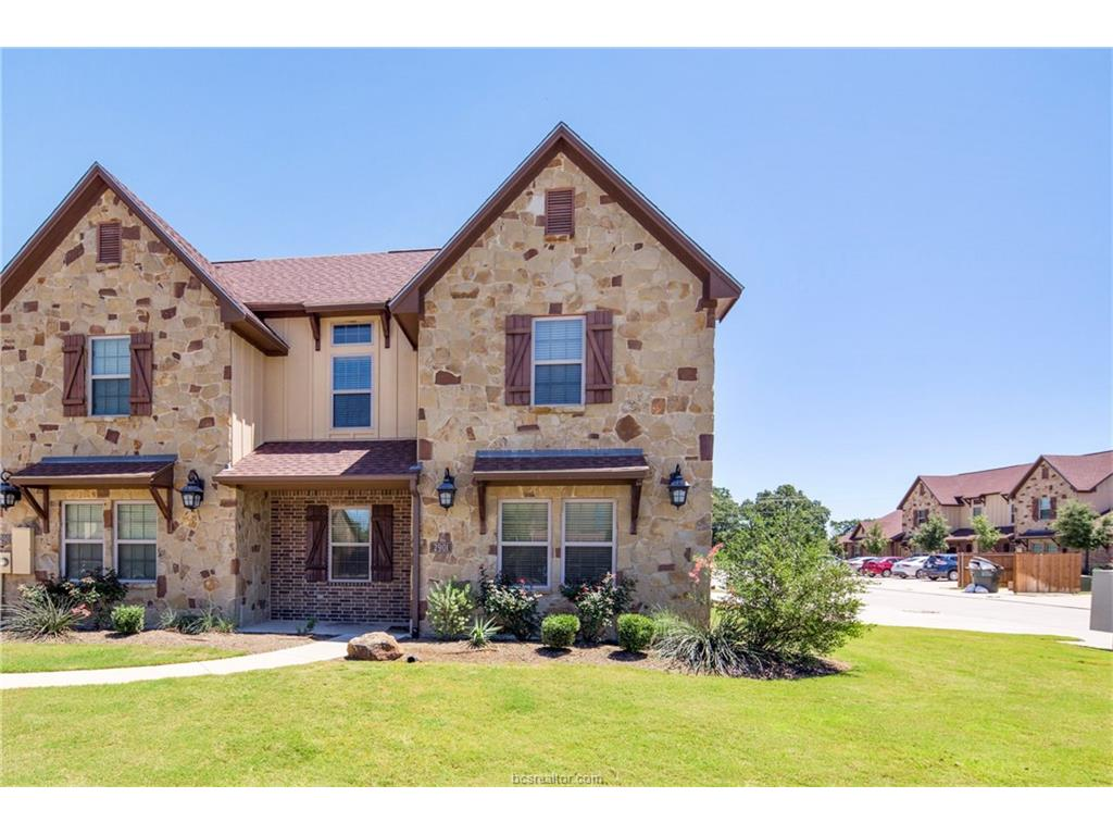 2901 Old Ironsides Drive, College Station, TX 77845