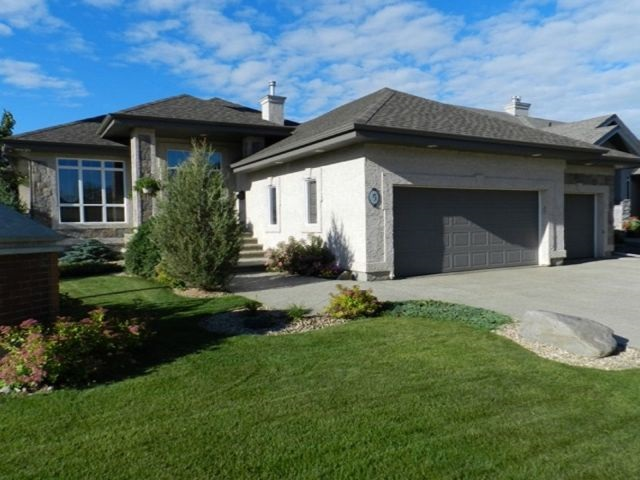 5 Lauralcrest Place, St. Albert, AB T8N 7H4