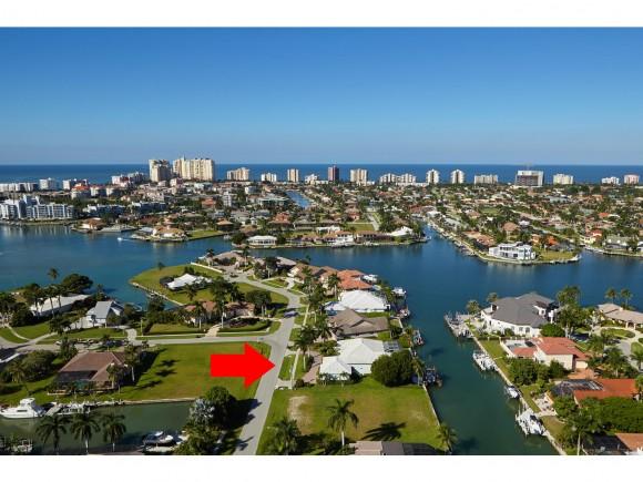 1370 FORREST, MARCO ISLAND, FL 34145
