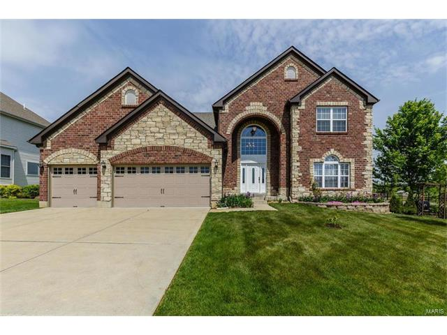 1000 Castleview Court, St Charles, MO 63304