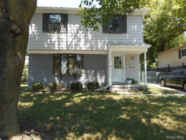 555 Englewood, Royal Oak, MI 48073