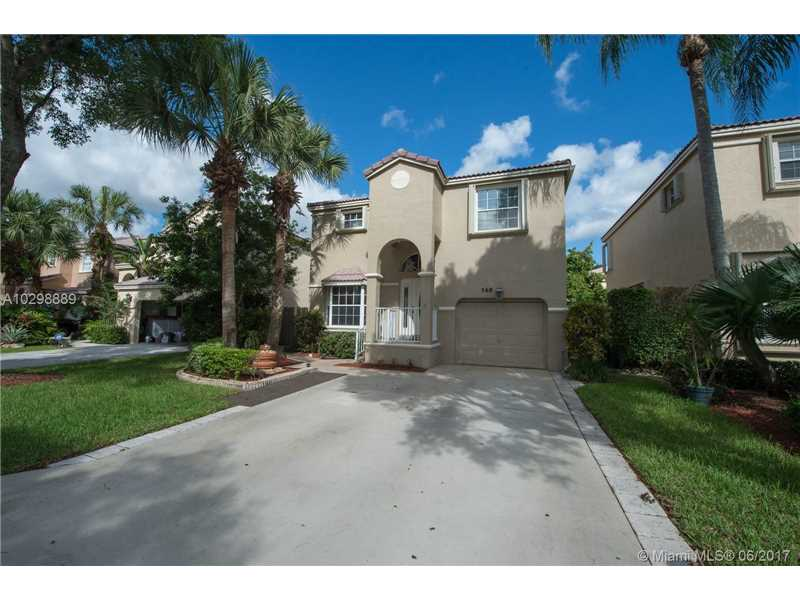 568 NW 87th Ter, Coral Springs, FL 33071