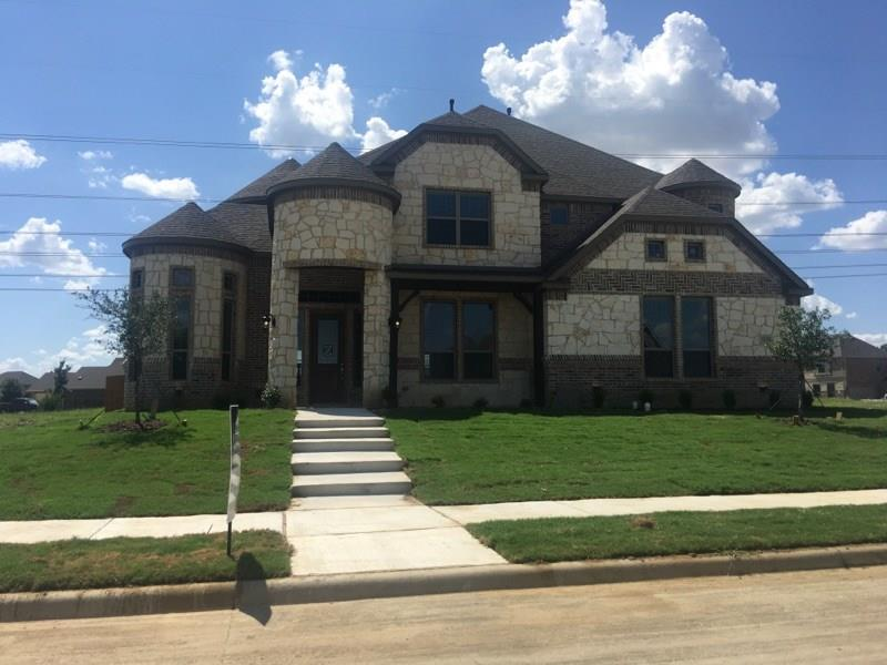 5125 Crestwater Drive, Mansfield, TX 76063