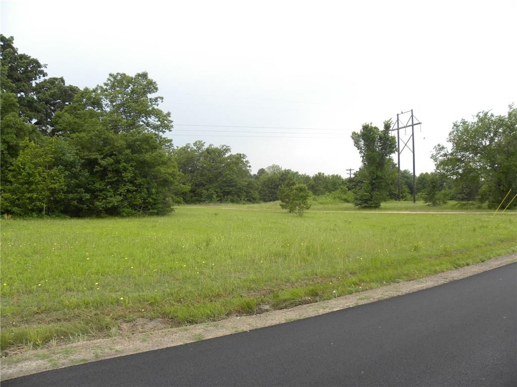 923 Maloma Drive, Tool, TX 75143