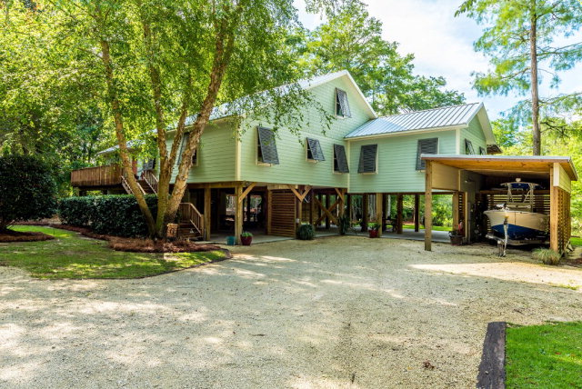 5138 Pine Road, Orange Beach, AL 36561