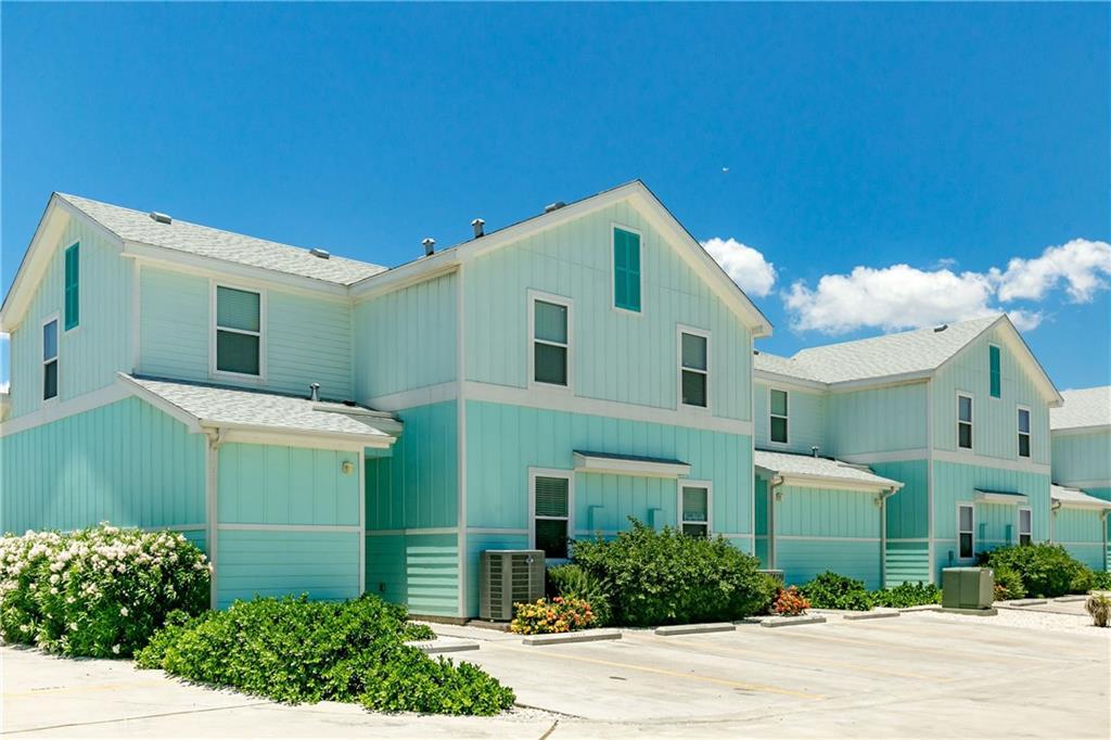 15111 Beach Country Dr, Corpus Christi, TX 78418