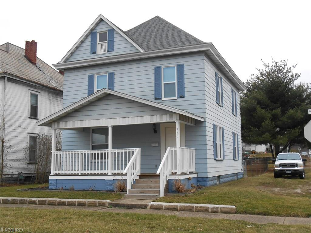 778 S 6th St, Coshocton, OH 43812