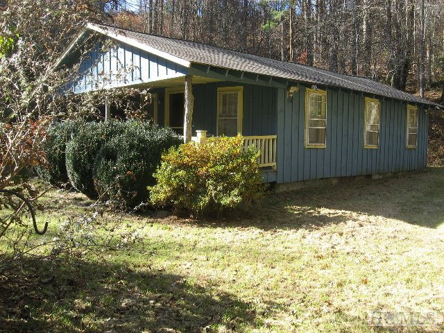 4440 Cedar Creek Road, Glenville, NC 28736