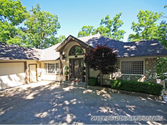 1035 Country Club Drive, Four Seasons, MO 65049