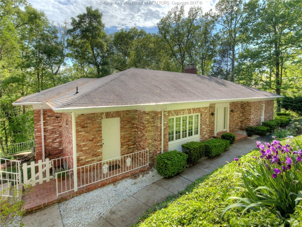 1523 Thomas Circle, Charleston, WV 25314