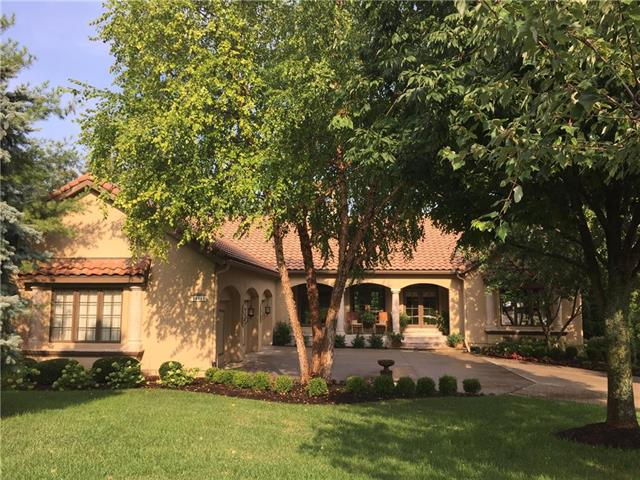 14111 Manor Road, Leawood, KS 66224