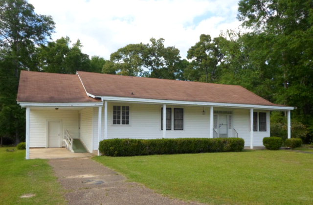 1359 E Main St, Liberty, MS 39645
