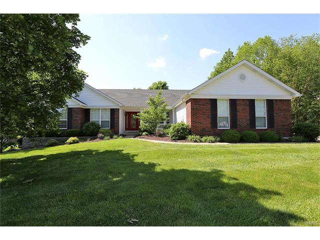 606 Saint Georges Chappel Ct, St Charles, MO 63304