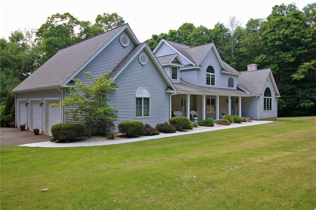 215 Upper Whittemore Road, Middlebury, CT 06762