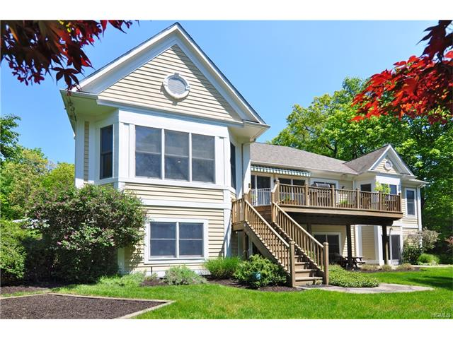 13 Manor Pond Lane, Irvington, NY 10533