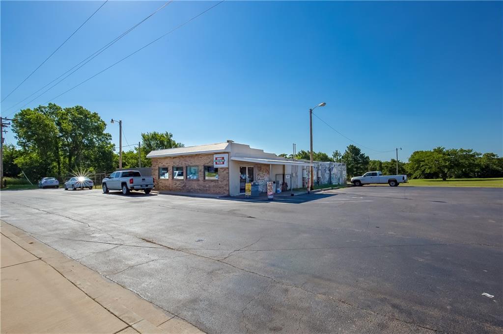 7500 Alameda Drive, Norman, OK 73026