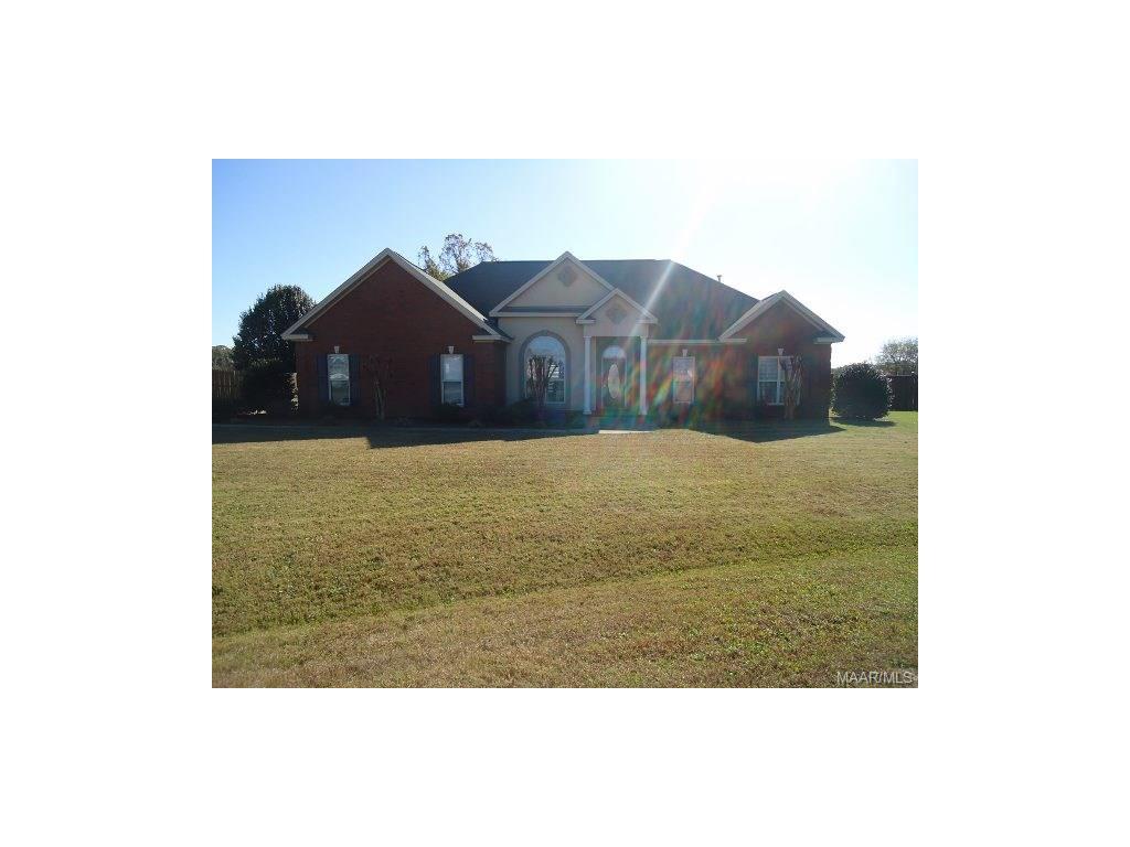 422 Summertime Parkway, Deatsville, AL 36022