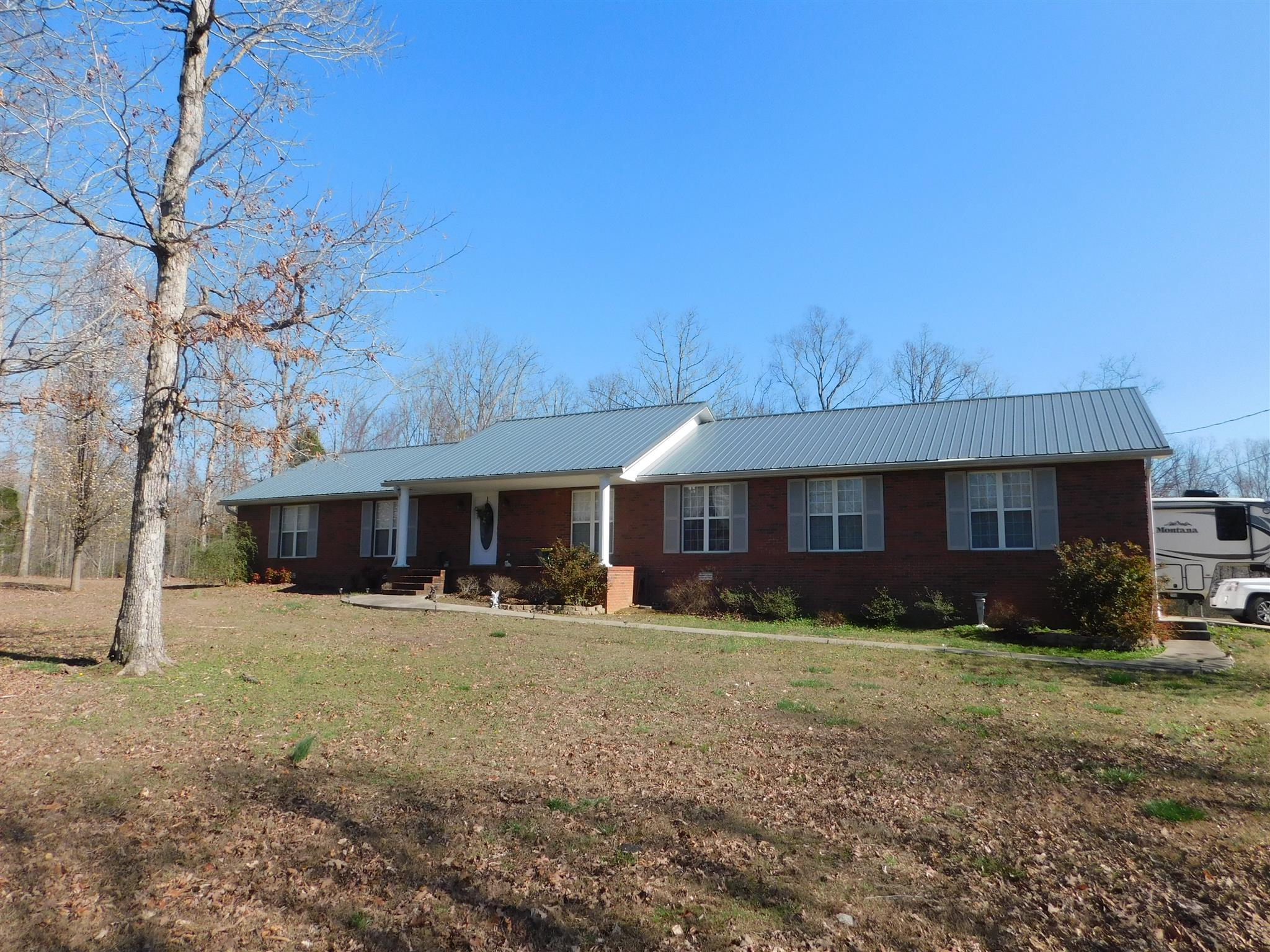 624 Blue Heron Dr, New Johnsonville, TN 37134