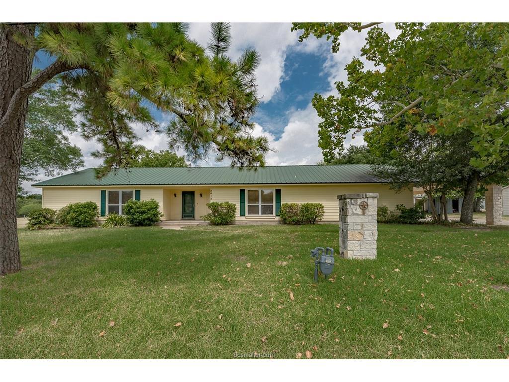 3414 Colson Road, Bryan, TX 77808