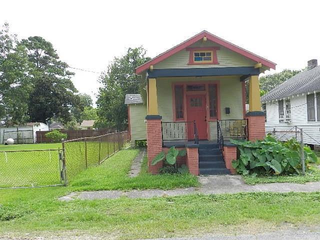 1112 CASA CALVO Street, New Orleans, LA 70114