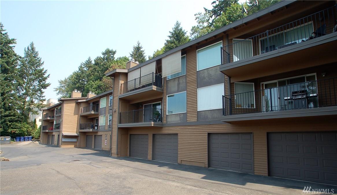 430 Bellevue Wy SE 105, Bellevue, WA 98004