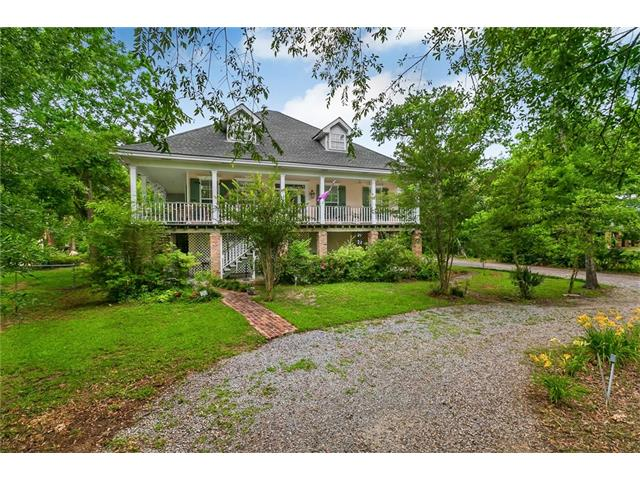 2724 SOUTH Street, Mandeville, LA 70448