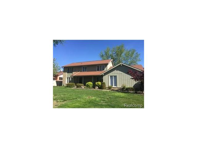 34622 OAK FOREST Drive, Farmington Hills, MI 48331