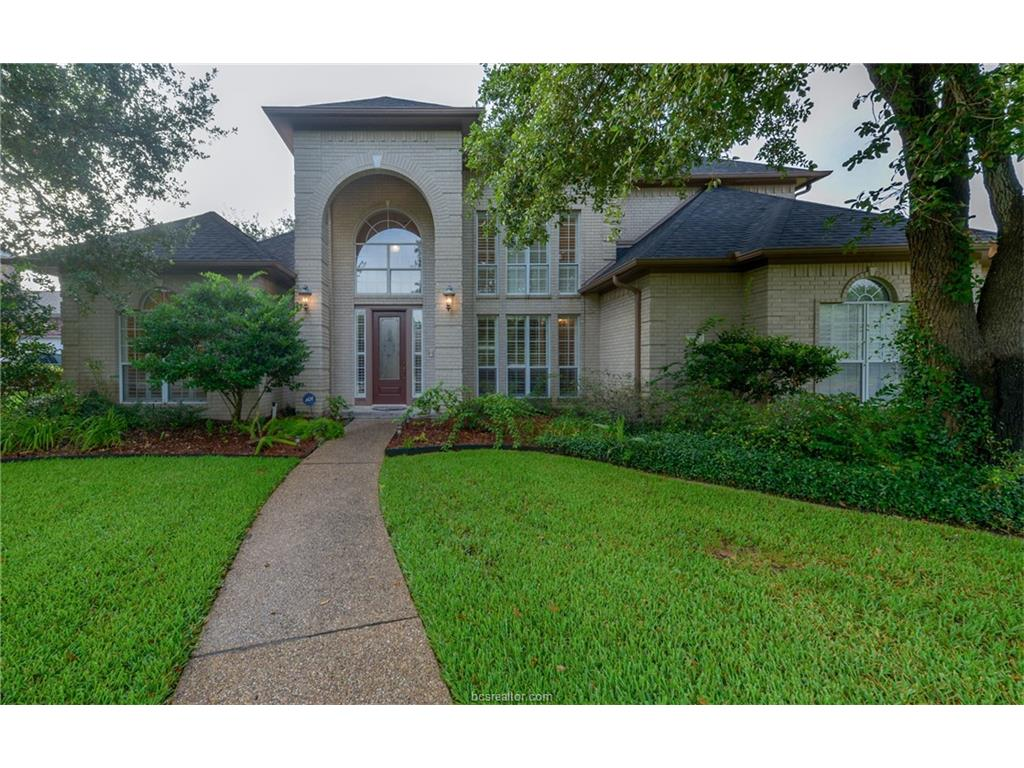 902 Winged Foot Drive, College Station, TX 77845