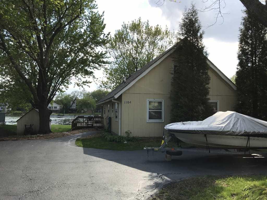 1104 CANDLEWICK NE Drive, POPLAR GROVE, IL 61065