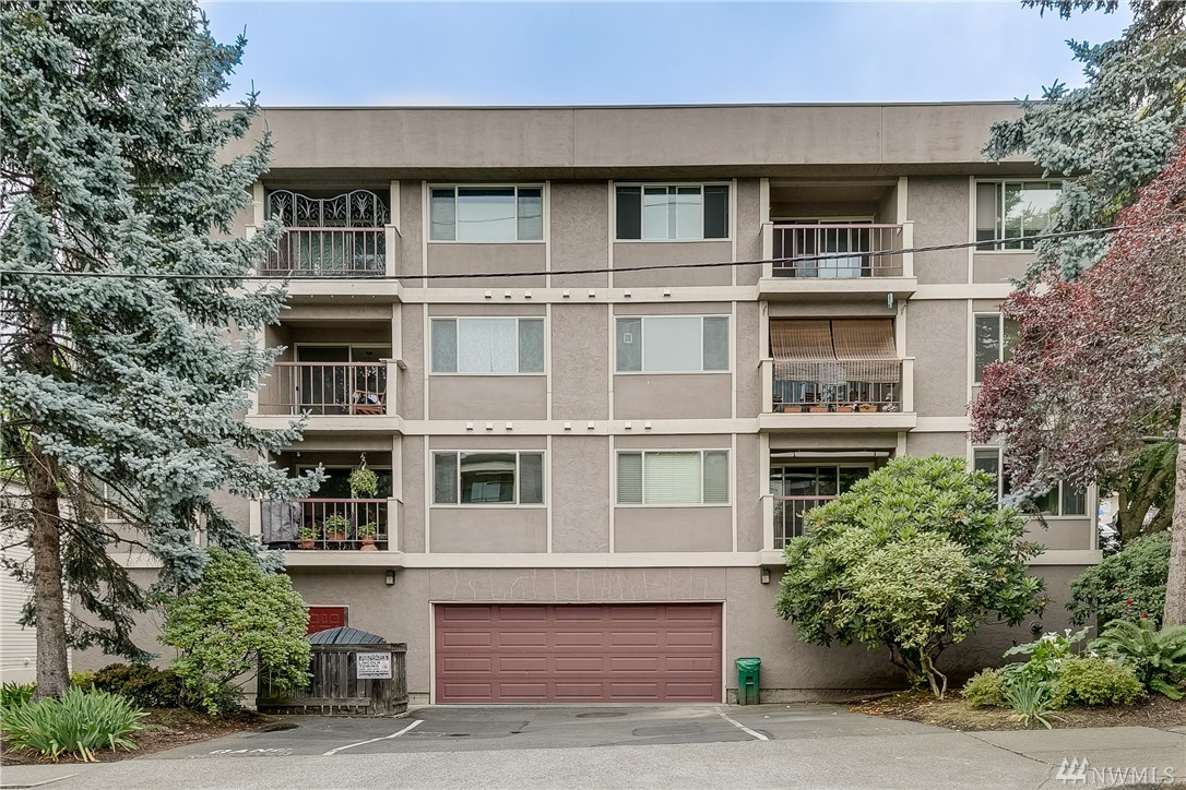 1324 W Emerson St 301, Seattle, WA 98119